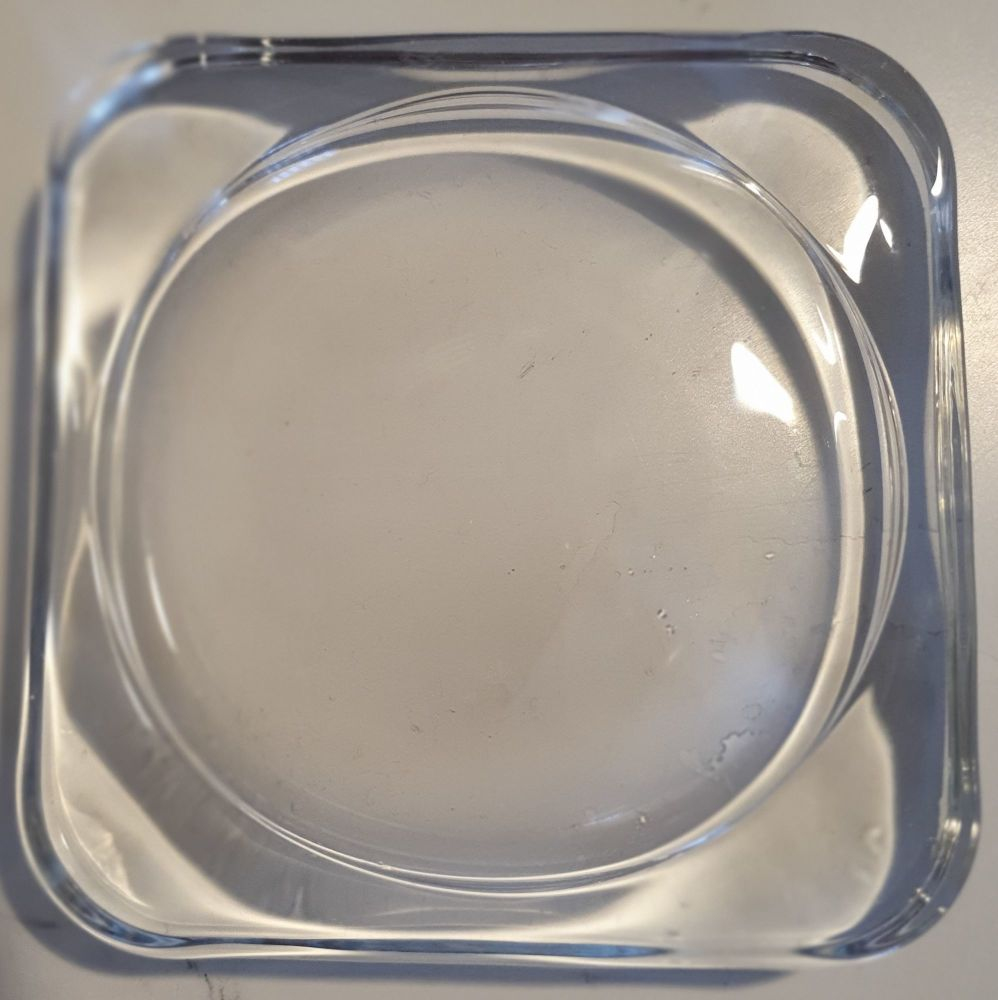 SMALL SUARE GLASS CANDLE PLATE 10CMS X 10CMS