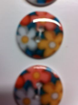 "Wuttons set of four floral 3/4"" 19mm buttons 5729"