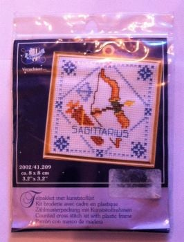 kit 1030 counted cross-stitch sagittarius with frame