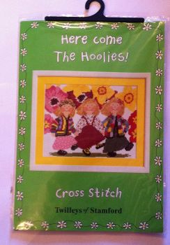 kit 1037 counted cross-stitch here come the Hoolies!