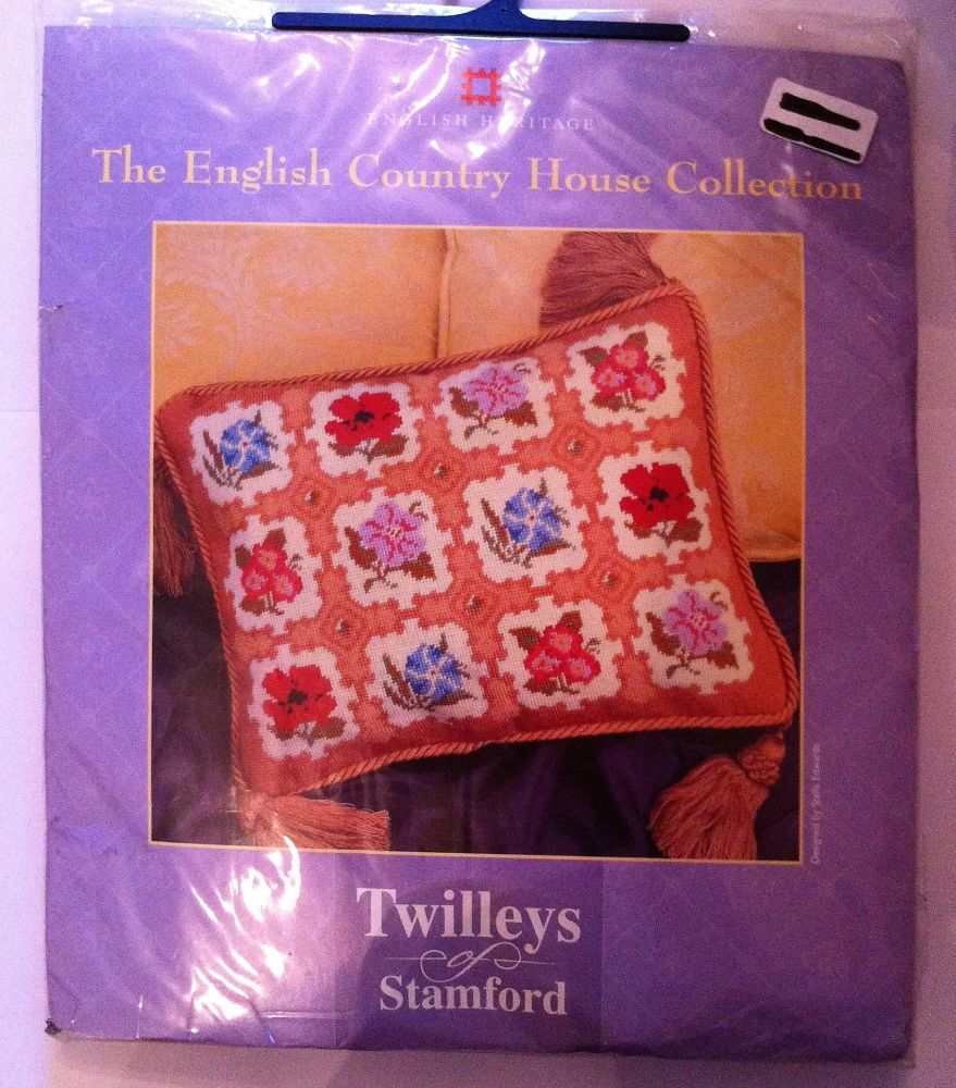 embroidery kit English country house ref kit 1061