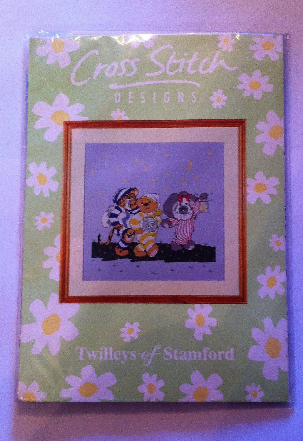Kit 1041 cross-stitch twillys of stamford hometime