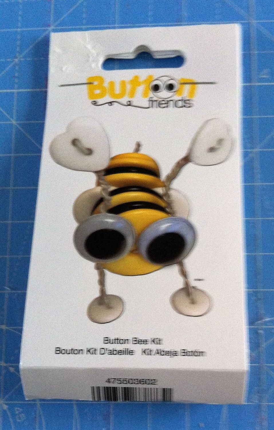 Kit 2003 Button Friends Button Bee by Button lovers