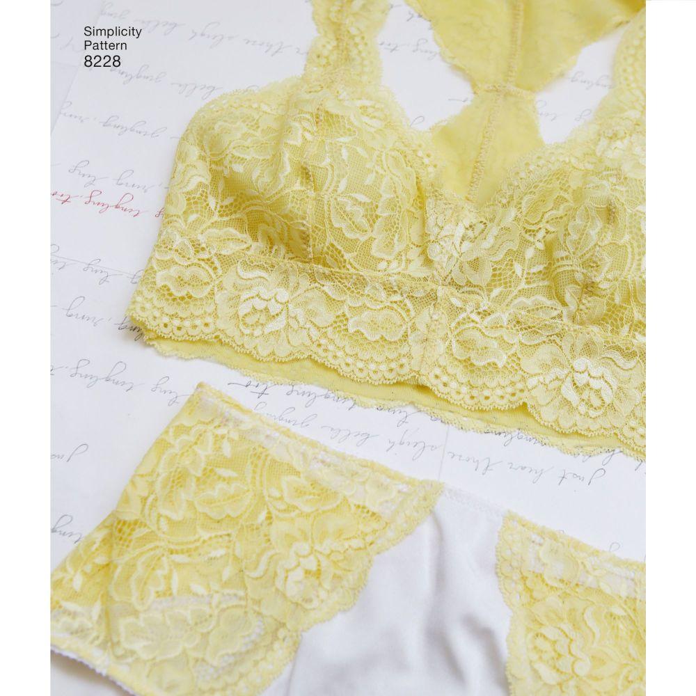 simplicity-accessories-pattern-8228-AV1C
