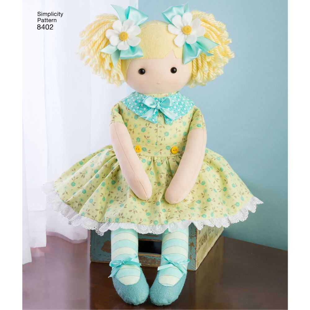 simplicity-stuffed-dolls-pattern-8402-AV3