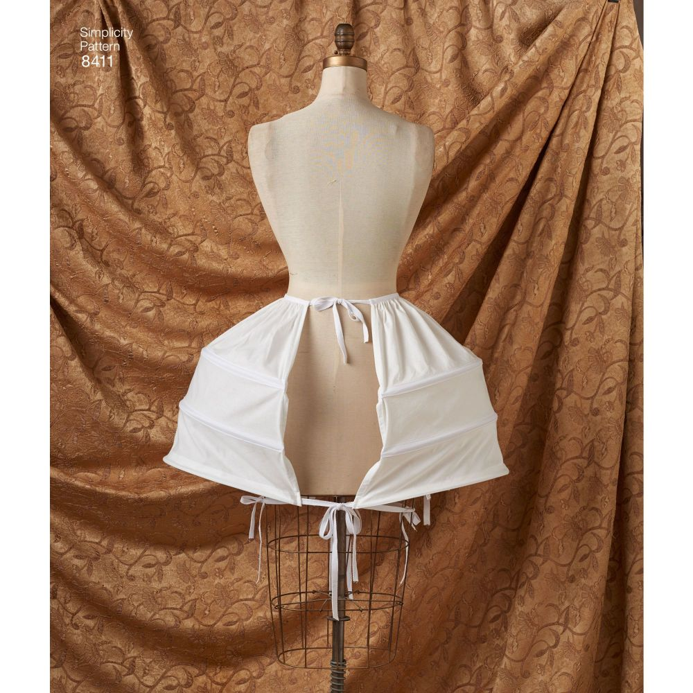 simplicity-outlander-costume-pattern-8411-AV6