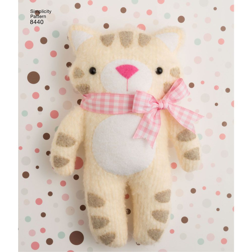 simplicity-felt-stuffies-pattern-8440-AV3