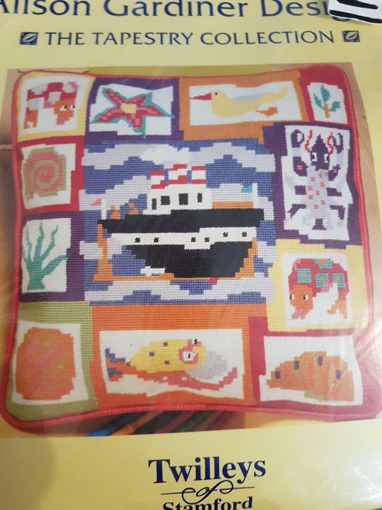 kit 1543 printed tapestry kit seaside cushion
