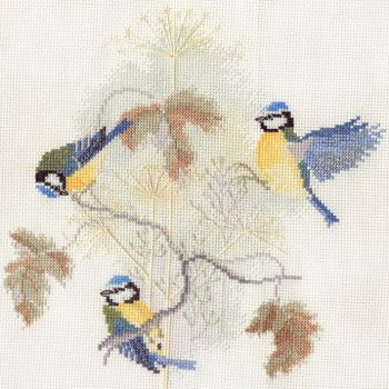 Derwent water BB01 embroidery birds range blue tits small