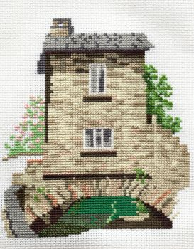 Derwent 14DD102 embroidery Dale designs range - Bridge House