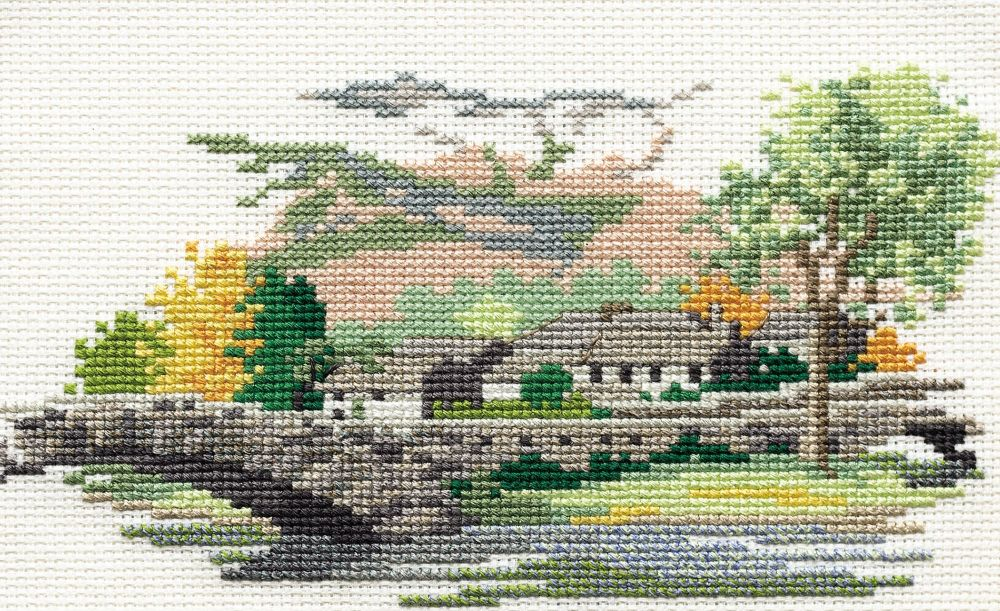 Derwent 14DD110 embroidery Dale designs range - Grange in Barrowdale
