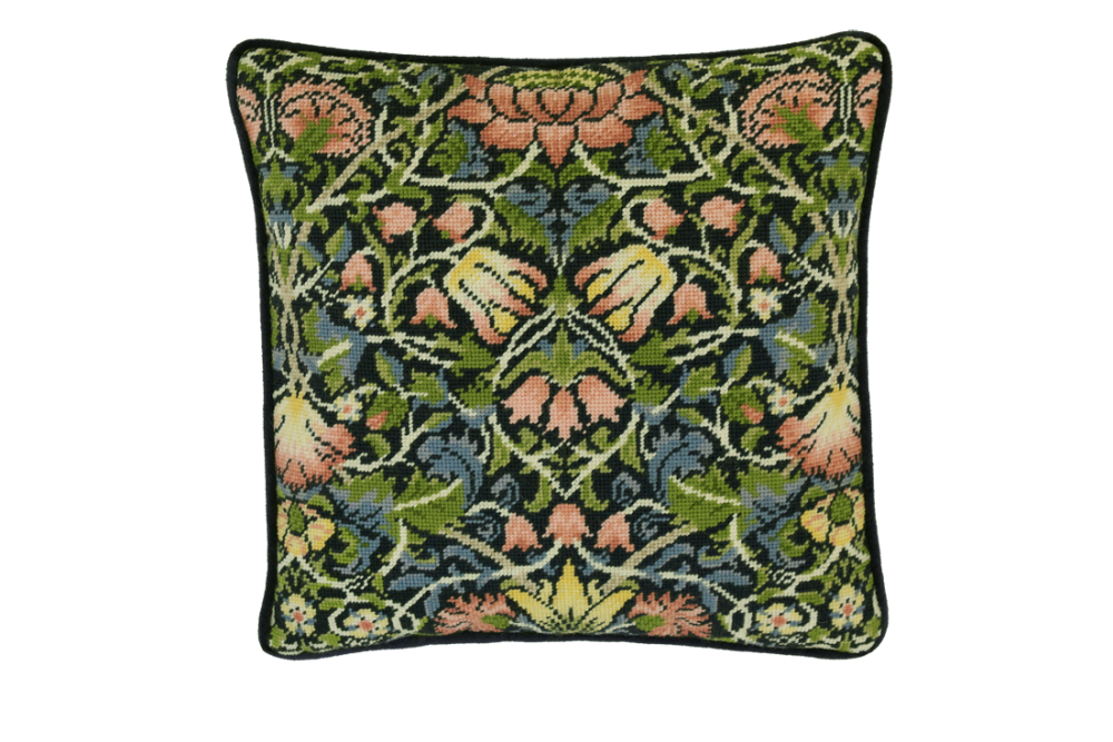 Bothy threads TAC05 embroidery Tapestry range - William Morris - Bell Flowe