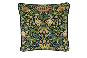 Bothy threads TAC05 embroidery Tapestry range - William Morris - Bell Flowers