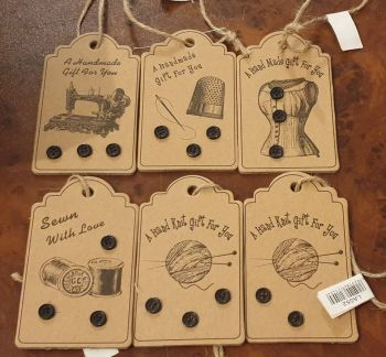 set of 6 gift tags for handmade gifts