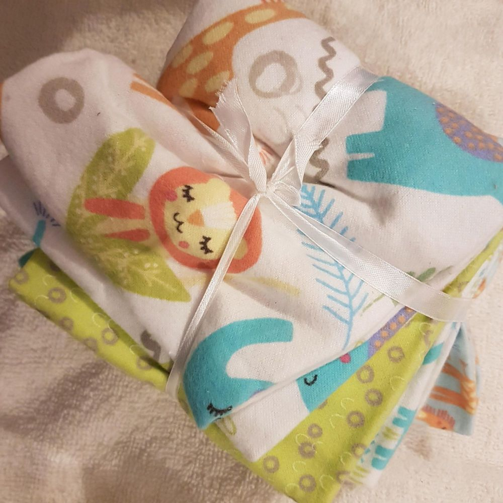 Fabric editions fat quarter pack playful cuties brushed cotton