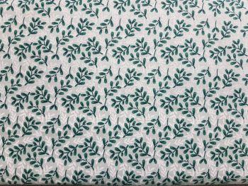 Craft cotton co 2625-04 Christmas snowy woodland Mistletoe 100% Cotton PRICED PER 0.5 (HALF) METER
