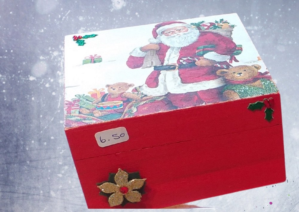 Decoupaged Christmas boxes
