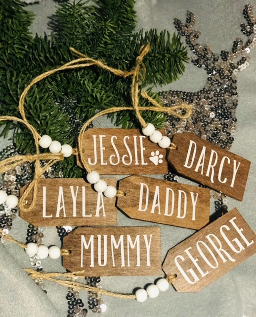 Personalised wooden gift tags