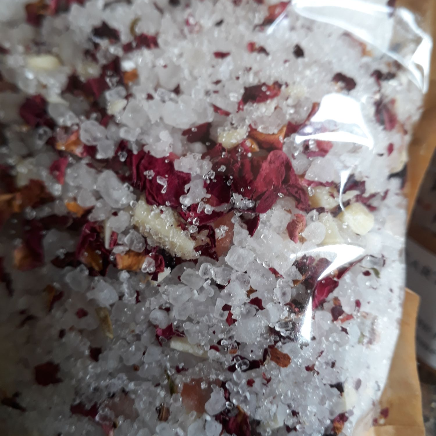 Earth Rose & Vetiver Bath Soak