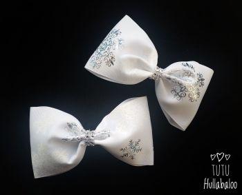 Snowflake White/Silver Tux Bow