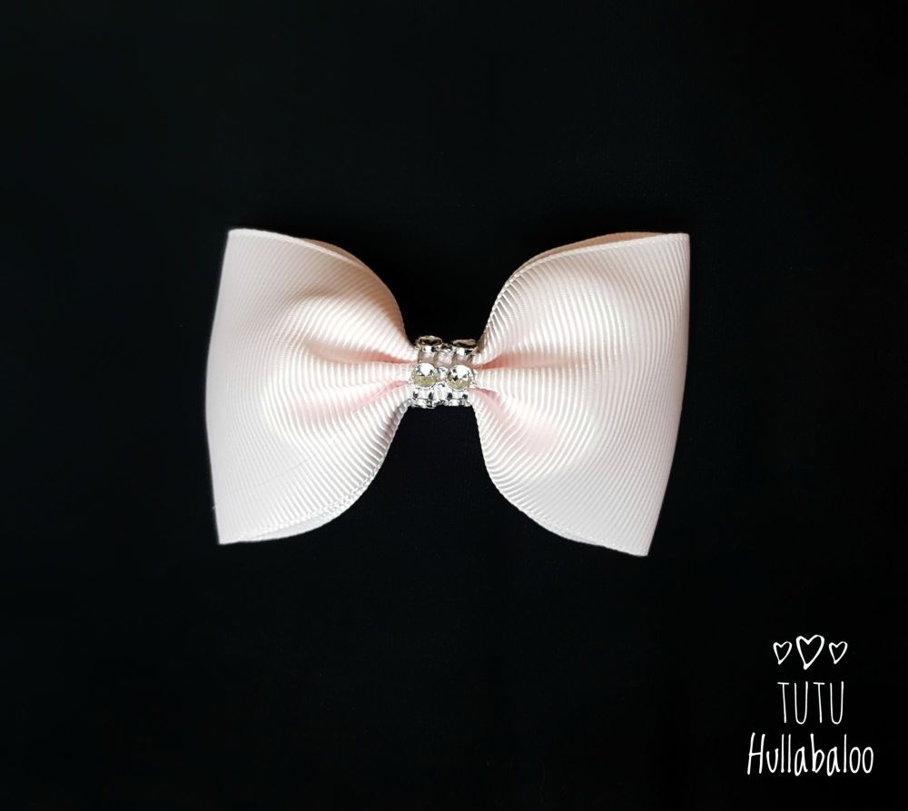 Plain Tux Bow White