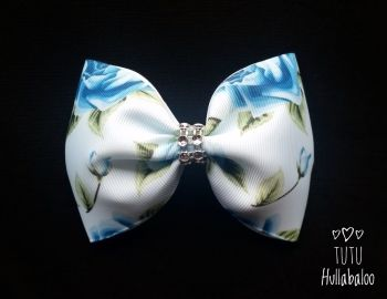 Flower Tux Bow White/Blue