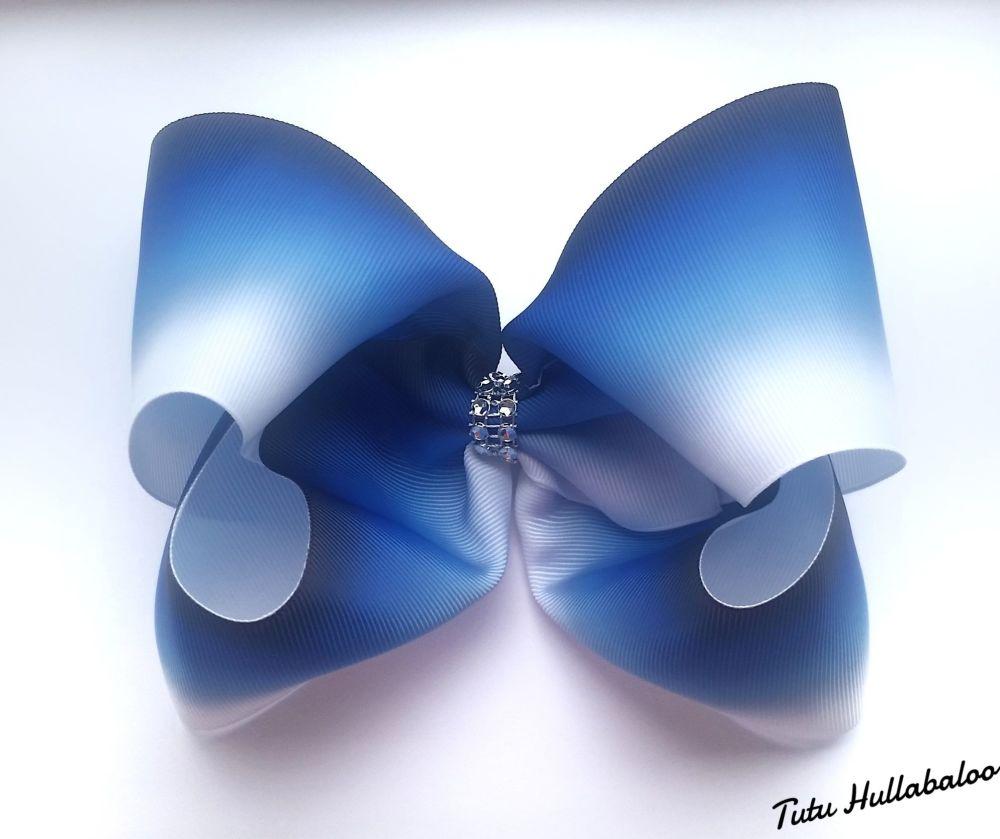 Ombre Mega Bow Navy/Blue/White
