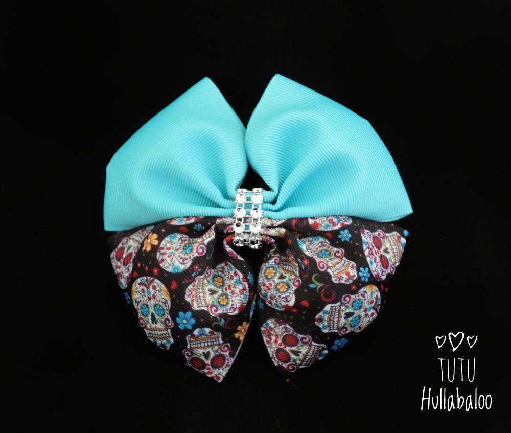 Skulls Double Tux Bow Misty Turquoise