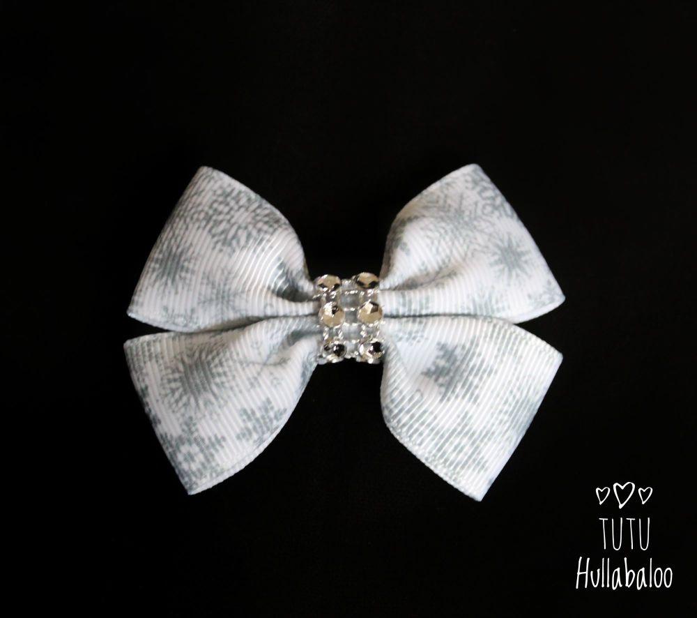 Snowflake Double Tux Bow White/Grey