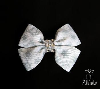 Snowflake White/Grey Double Tux Bow