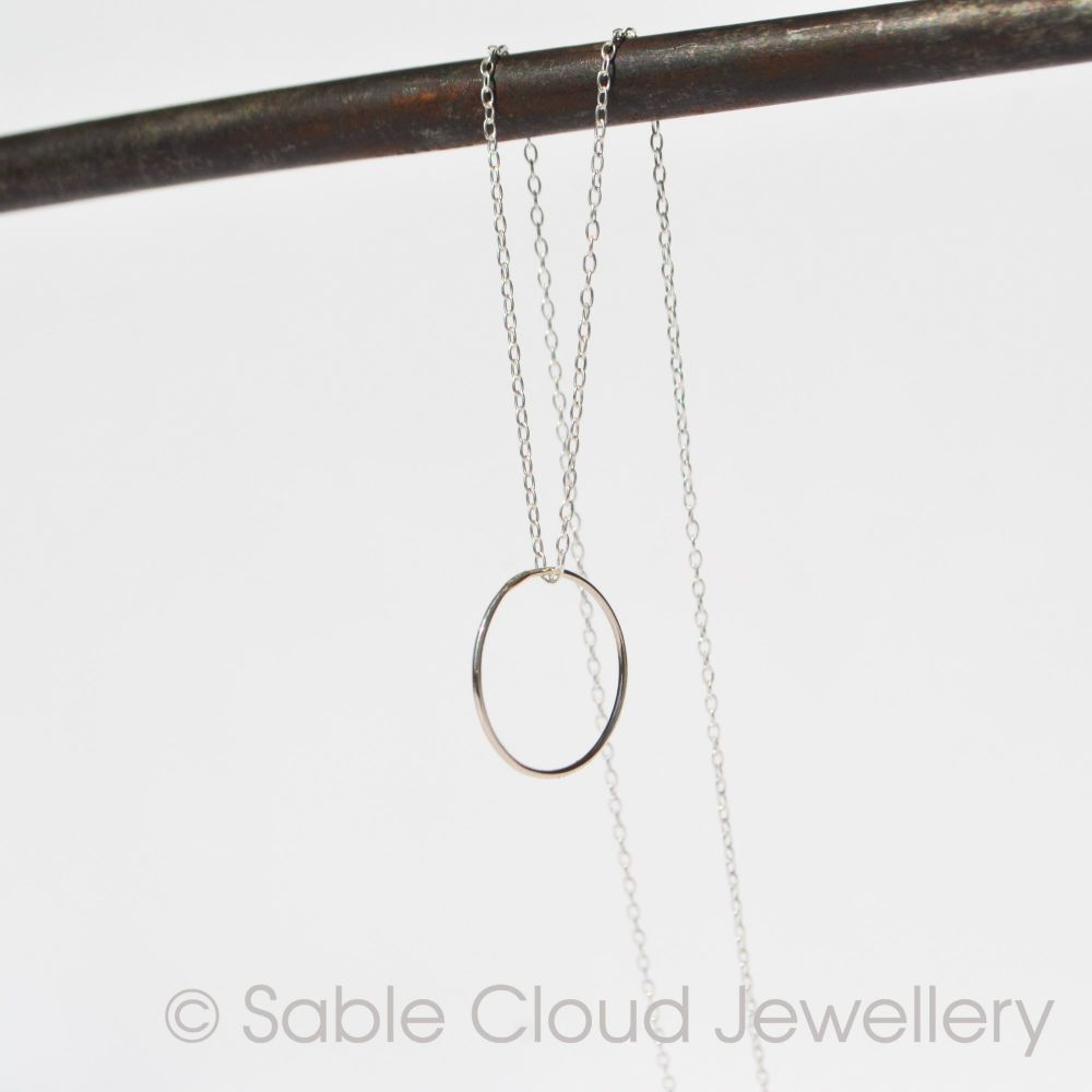 Silver Circle Polished O Necklace