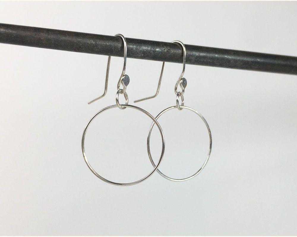 Dinky Dangle Earrings - Circle