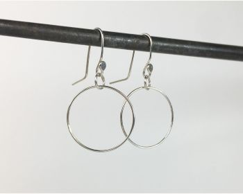 Dinky Dangle Earrings - Circle