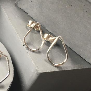 Stud Earrings - Teardrop