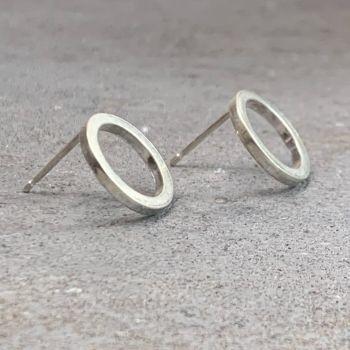 OD | O Stud Earrings