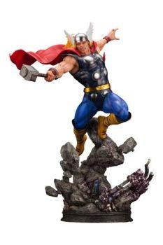 Marvel Avengers Fine Art Statue 1/6 Thor 44 cm KTOMK349