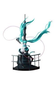 Character Vocal Series 01 PVC Figure 1/8 Miku Hatsune Love is War Refined Ver. 28 cm GSC94320
