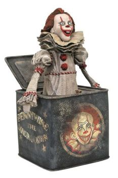 It Chapter Two Gallery PVC Diorama Pennywise in Box 23 cm DIAMAUG192719