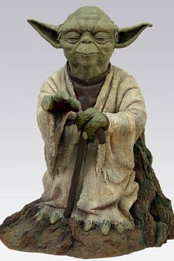 Star Wars Statue Yoda Using the Force 54 cm ATASW201