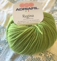 f. Regina 100% Merino DK - 98 mid green