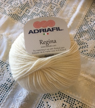 n. Regina 100% Merino DK - 11 Cream