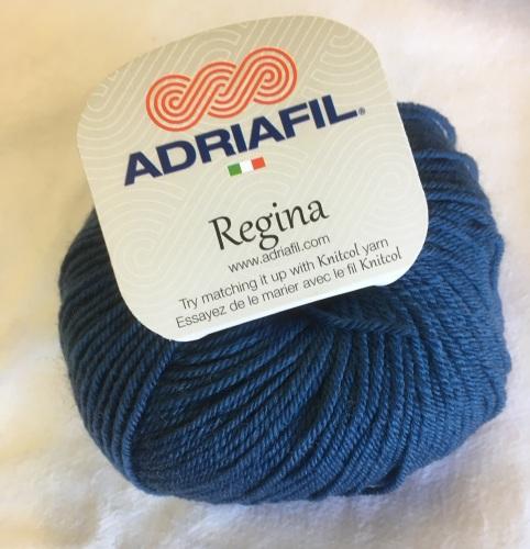 s. Regina 100% Merino DK - blue
