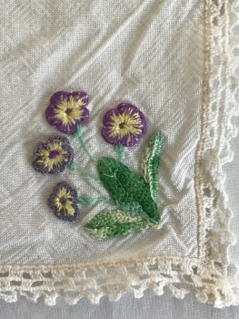 Vintage Linens - embroidered tray cloth 2