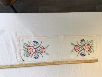 Vintage Linens - embroidered tray cloth 3
