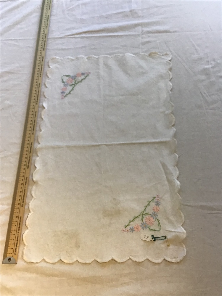 Vintage Linens - embroidered tray cloth 6