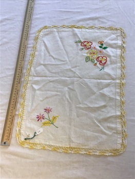 Vintage Linens - embroidered tray cloth 7