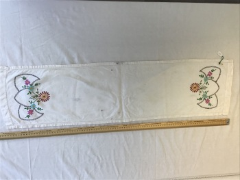 Vintage Linens - embroidered tray cloth 8
