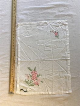 Vintage Linens - embroidered tray cloth 13