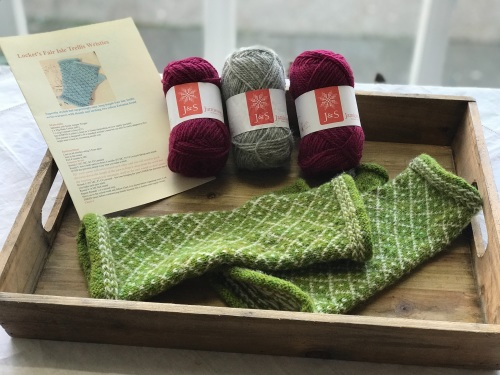 Locket's Fair Isle Trellis Mitts Kit  - Raspberry and Silver