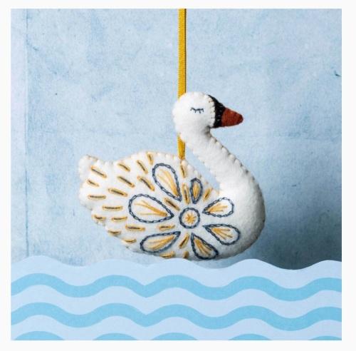Craft Mini Kit - Swan a-Swimming